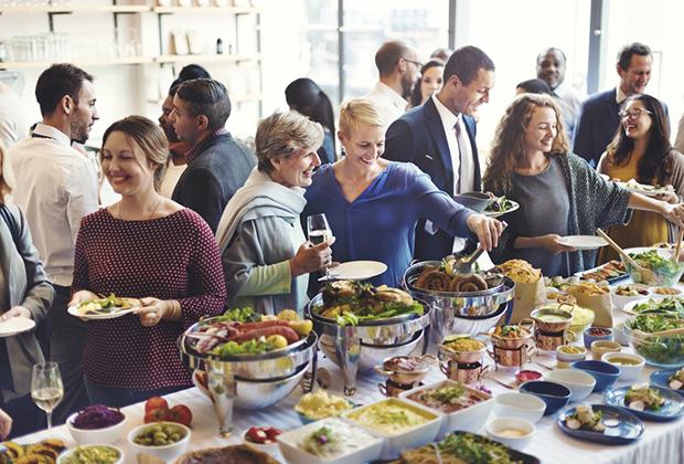 HOW TO SAVE MONEY ON FOOD & BEVERAGE MINIMUMS & MEETING ROOM RENTAL